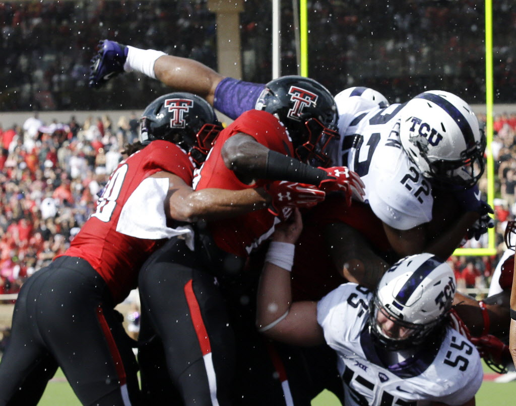 1443325732-aptopix-tcu-texas-tech-football_46304607_891413