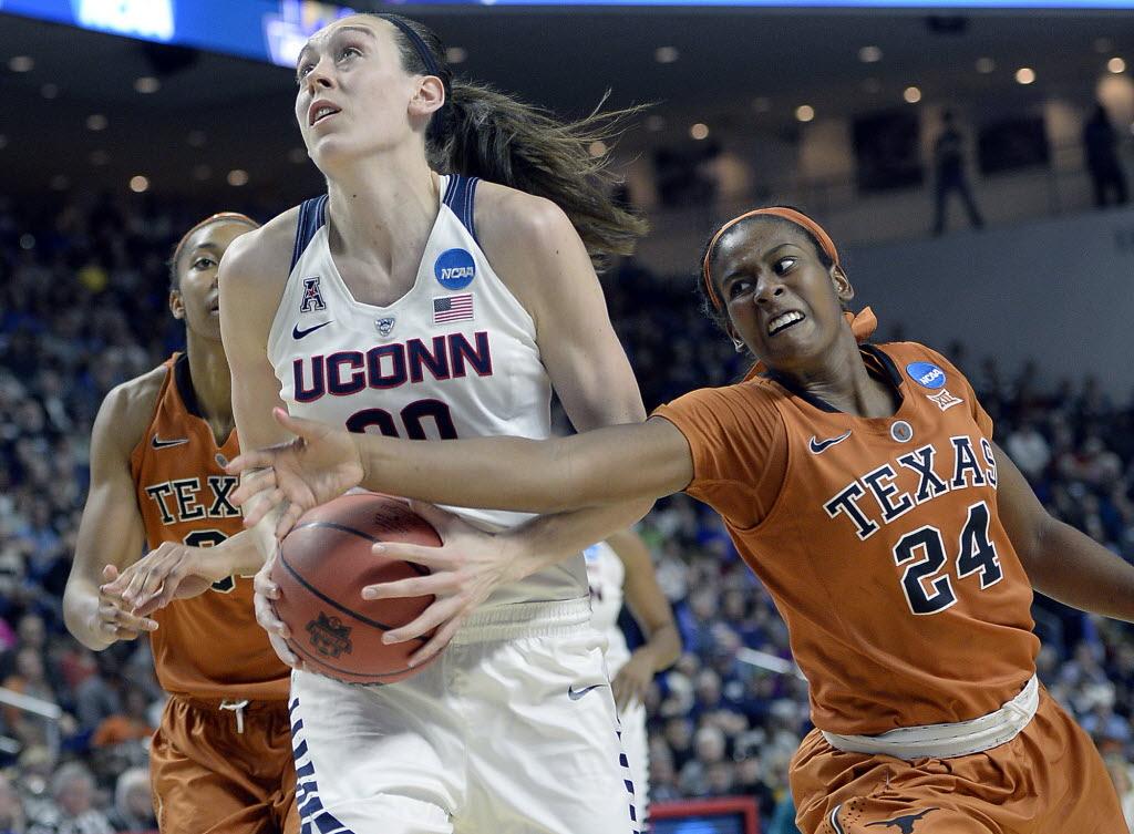 1459213810-ncaa-texas-uconn-basketball