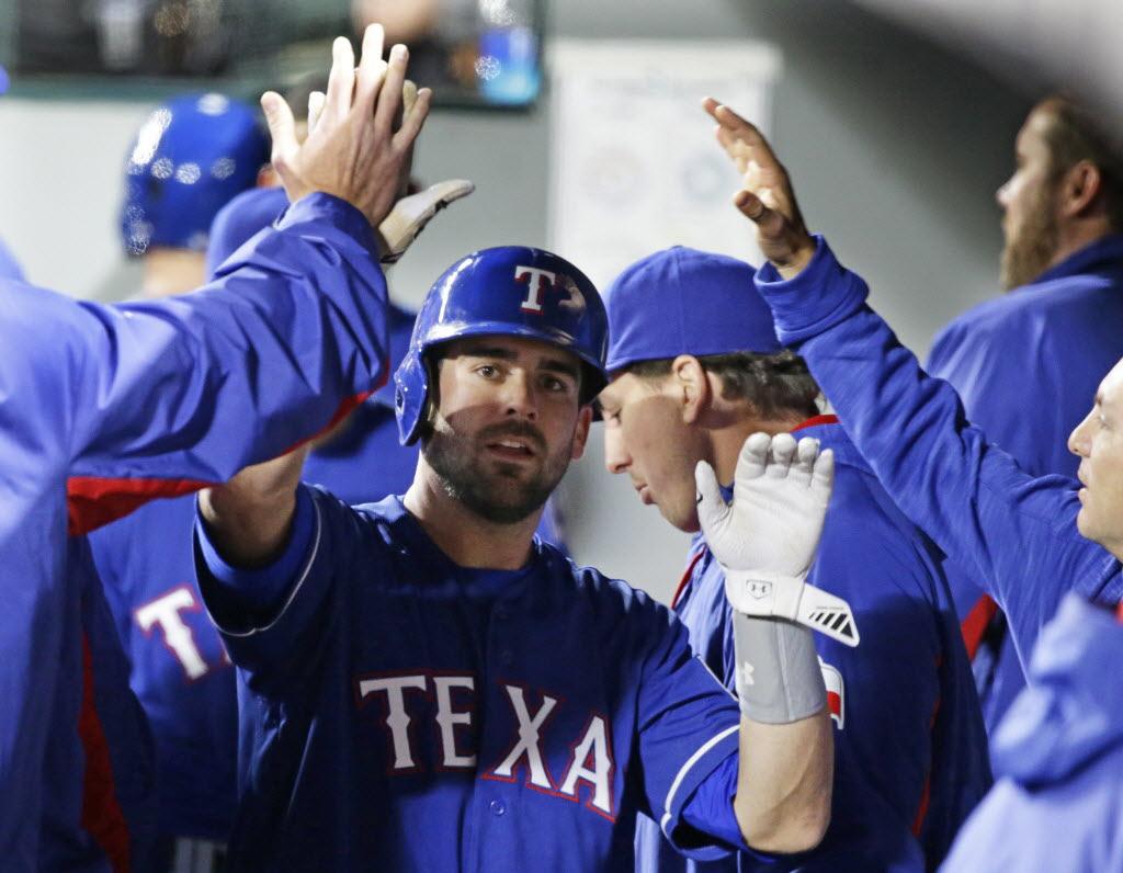 1460522383-rangers-mariners-baseball