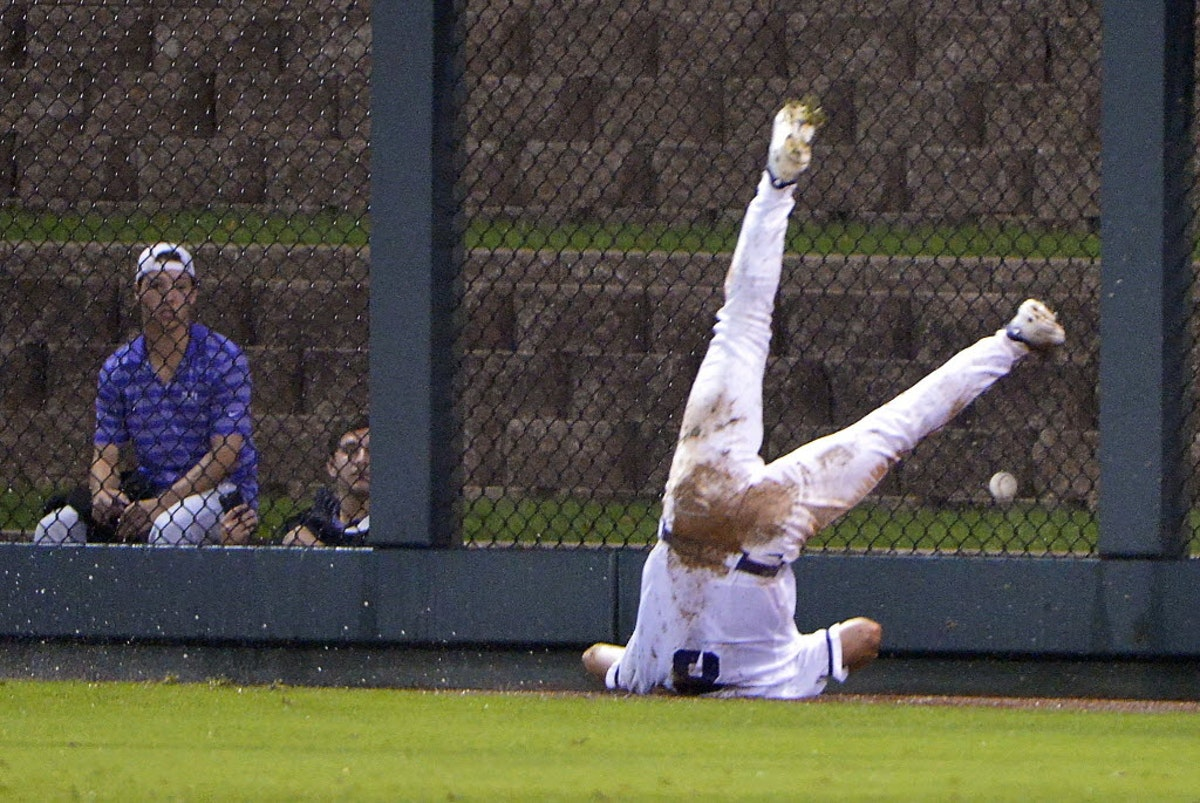1465022434-ncaa-oral-roberts-tcu-baseball