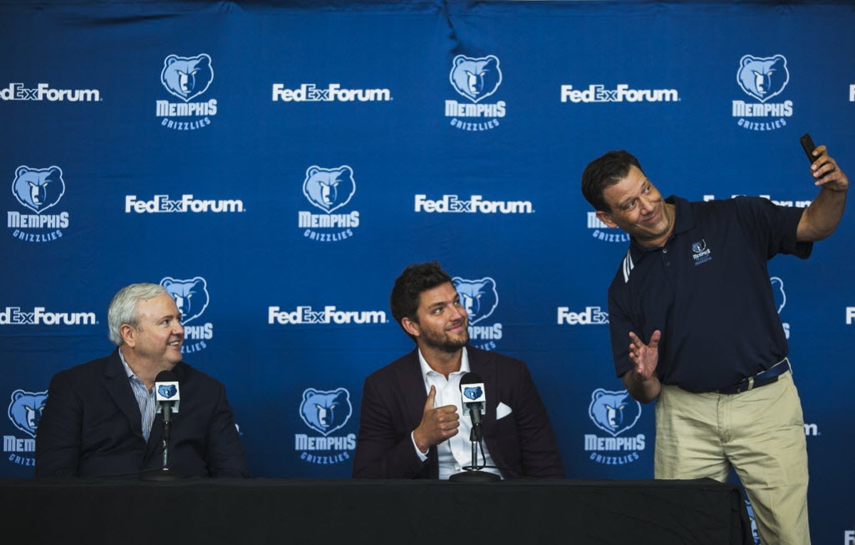 1468014808-grizzlies-parsons-basketball