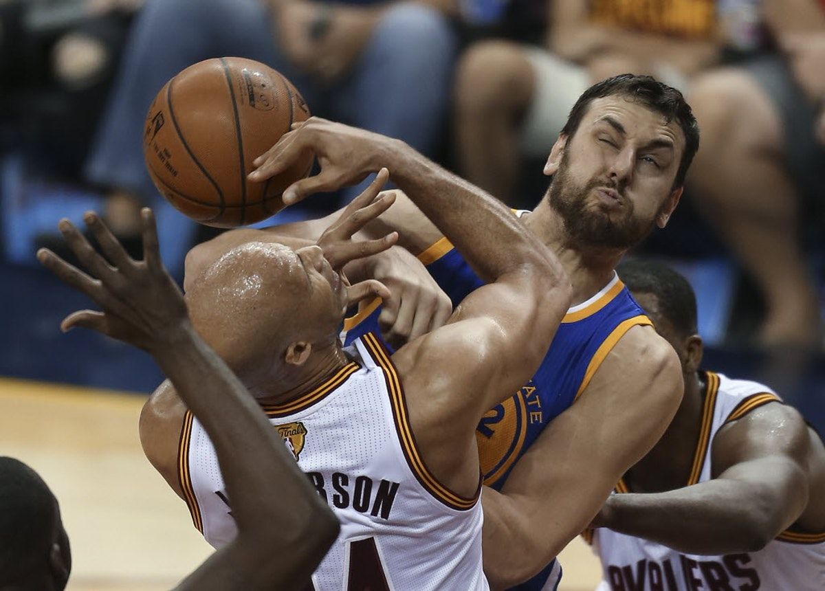 1470144134-aptopix-nba-finals-warriors-cavaliers-basketball
