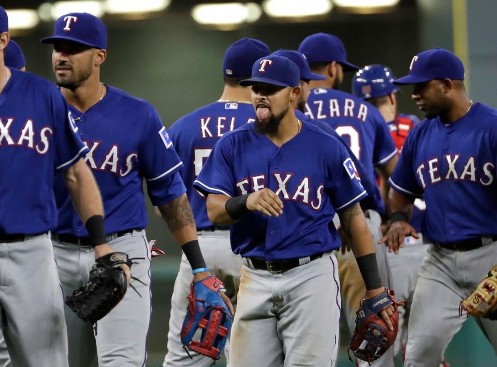1473745076-rangers-astros-baseball