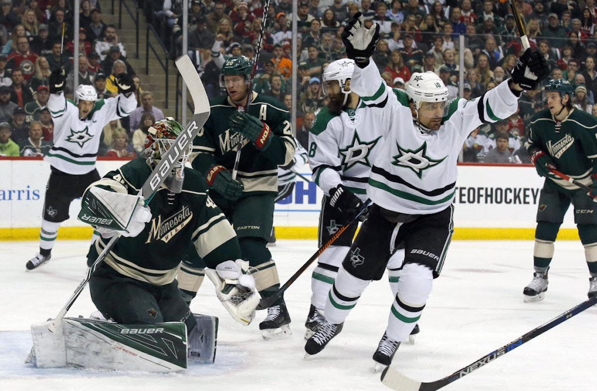 1474400461-stars-wild-hockey
