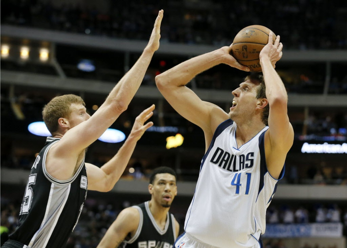 1474642679-spurned-mavericks-basketball