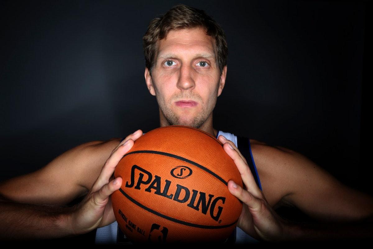 1475031219-mavericks-media-day-basketball