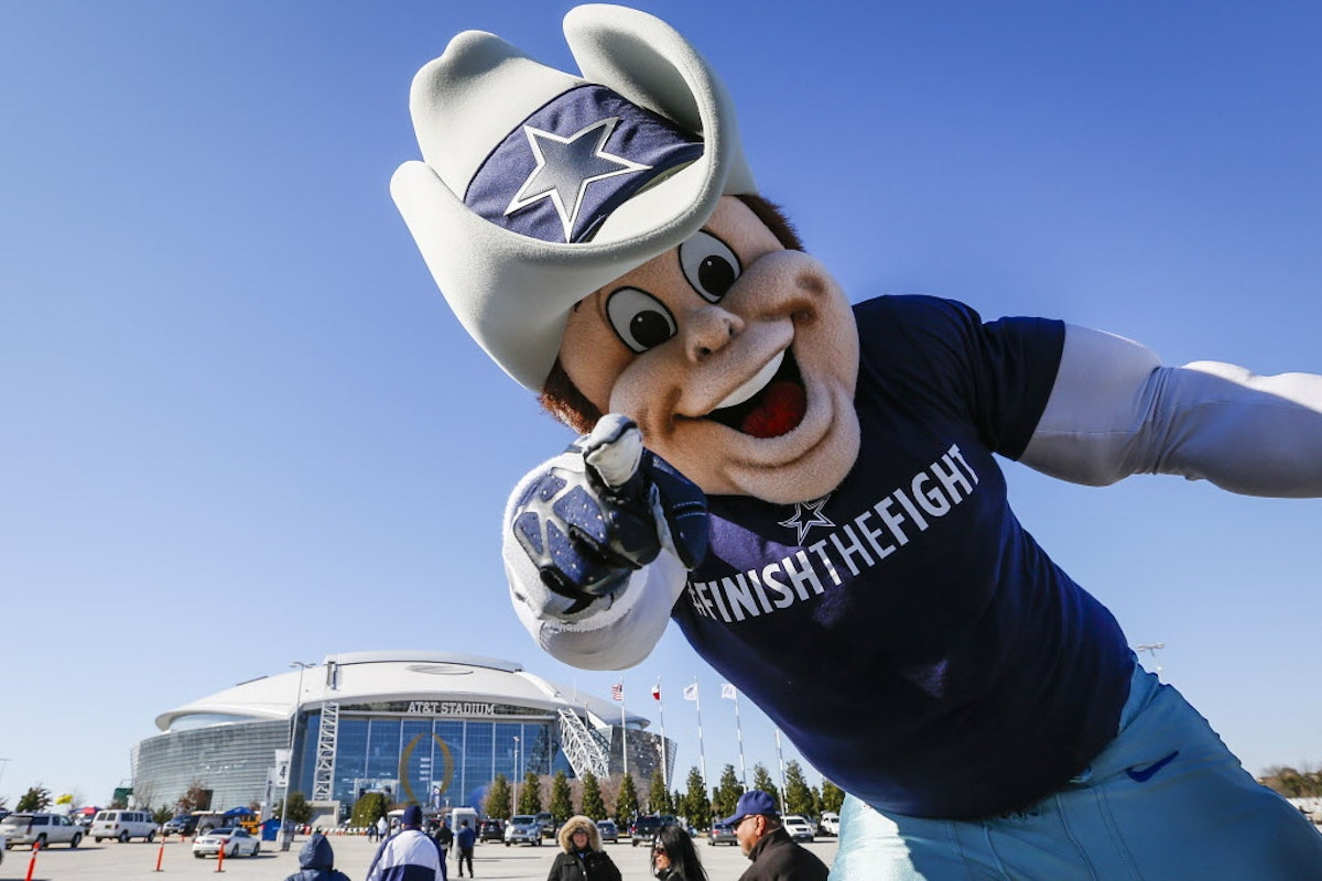 Dallas Cowboys Roster >> Dallas Cowboys: Sports Illustrated: Cowboys no longer most hated team but Rowdy most hated ...