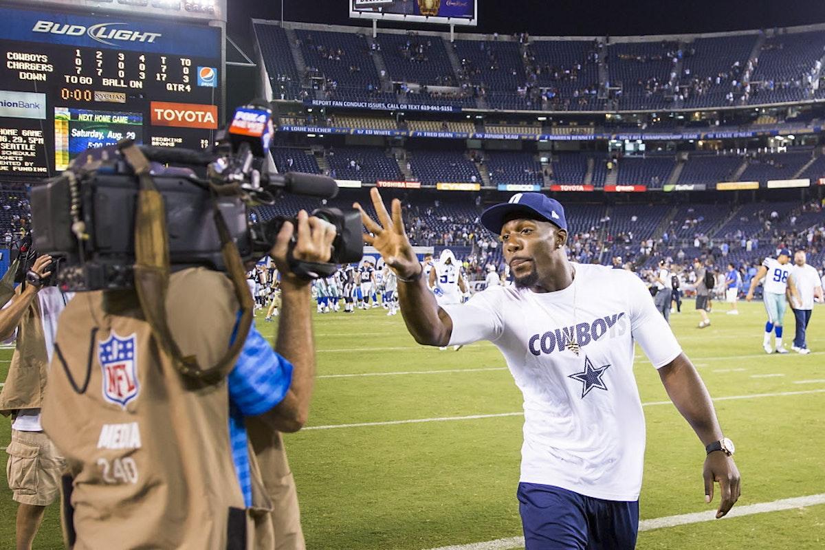 Dallas Cowboys Photos Dez Bryant Gets Animated Cowboys