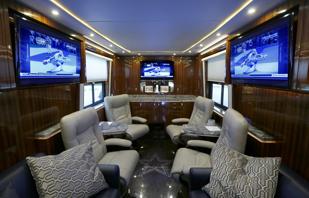 Dallas Cowboys Photos Tiffany Crystals Marble Counters And Flat Screen Tvs Take A Tour Inside The New Luxury Bus Sportsday