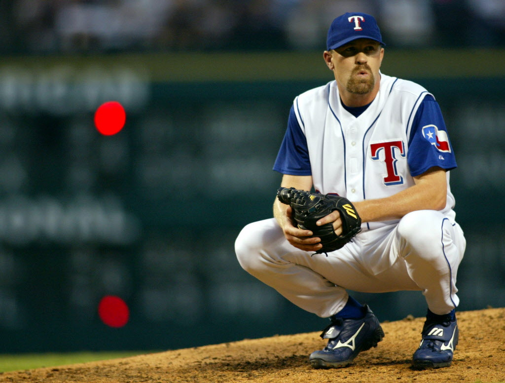 Texas Rangers: Brocail, Banister brawled when they first met; Now they  agree on one thing for Rangers' pitchers: throw inside   SportsDay