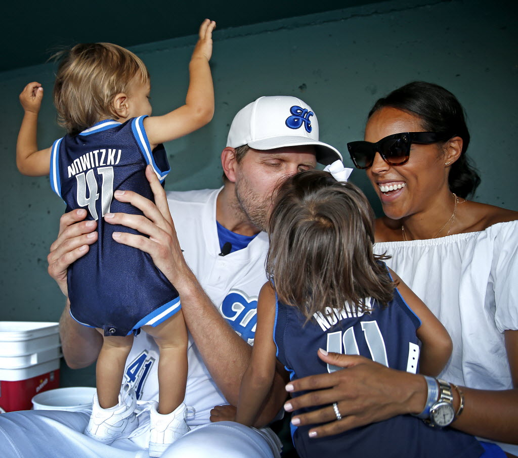 Image: Dirk with his wife and children