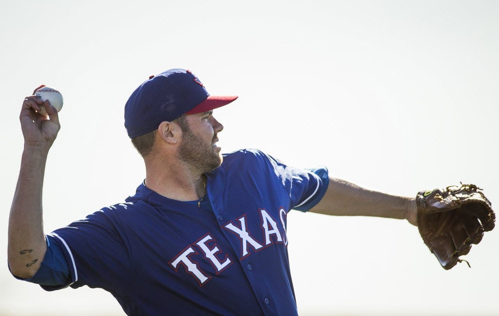 Why it's a 'no-win situation' for Rangers if Colby Lewis isn't ready to be third starter in playoffs