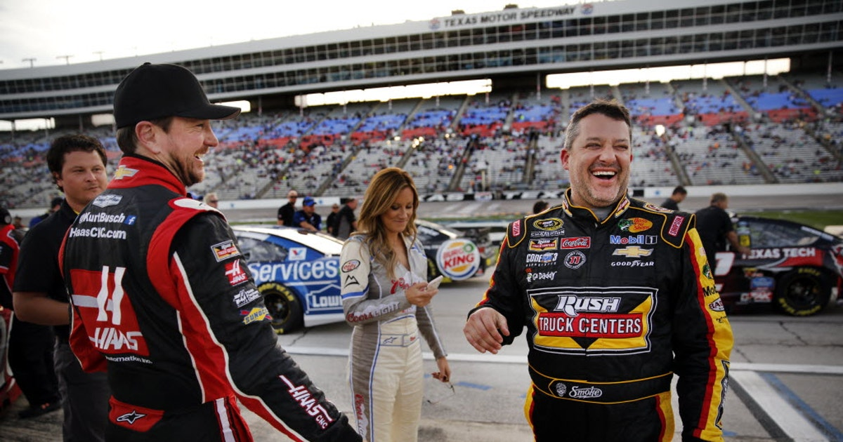 Tony Stewart returns to Texas Motor Speedway, but comeback not in his plans
