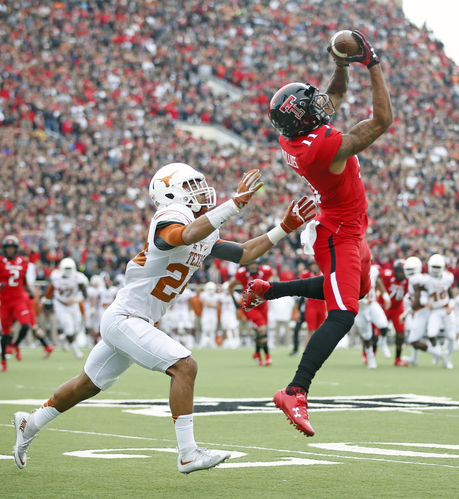 1478381431-texas-texas-tech-football_53864005_430388