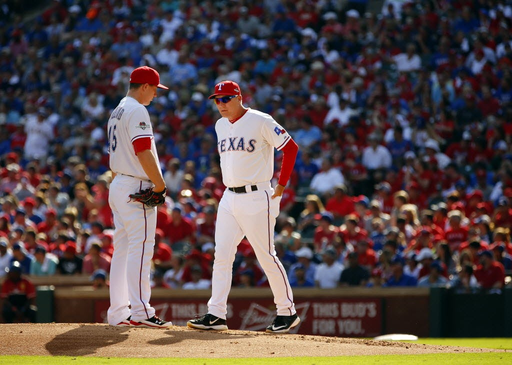 With Derek Holland move, Rangers trying to reverse trend of bad decisions on starting pitching