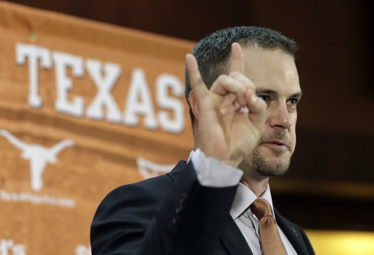 1480638532-texas_football_herman_54244671