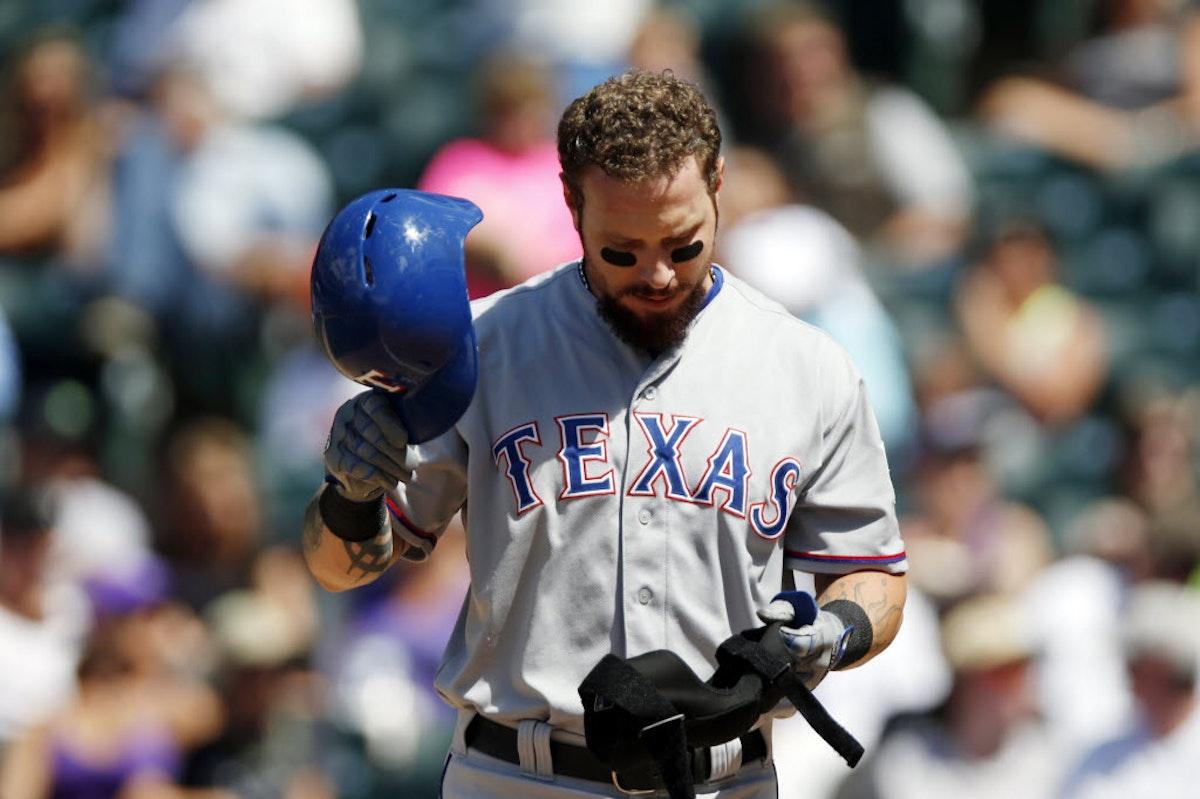 1480741116-rangers-hamilton-released-baseball