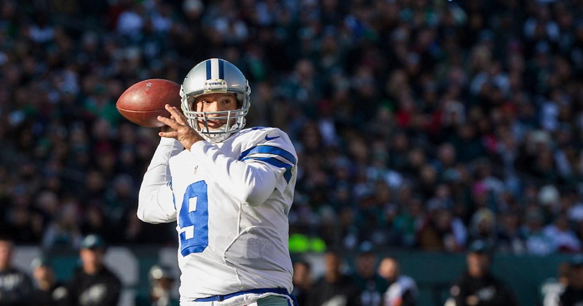 Dallas cowboys tony romo misses cowboys 39 first postseason for Lael williams