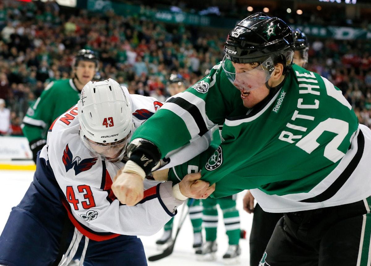 1485060579-capitals-stars-hockey