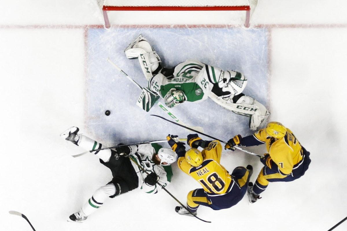 1486950285-stars_predators_hockey_55373523