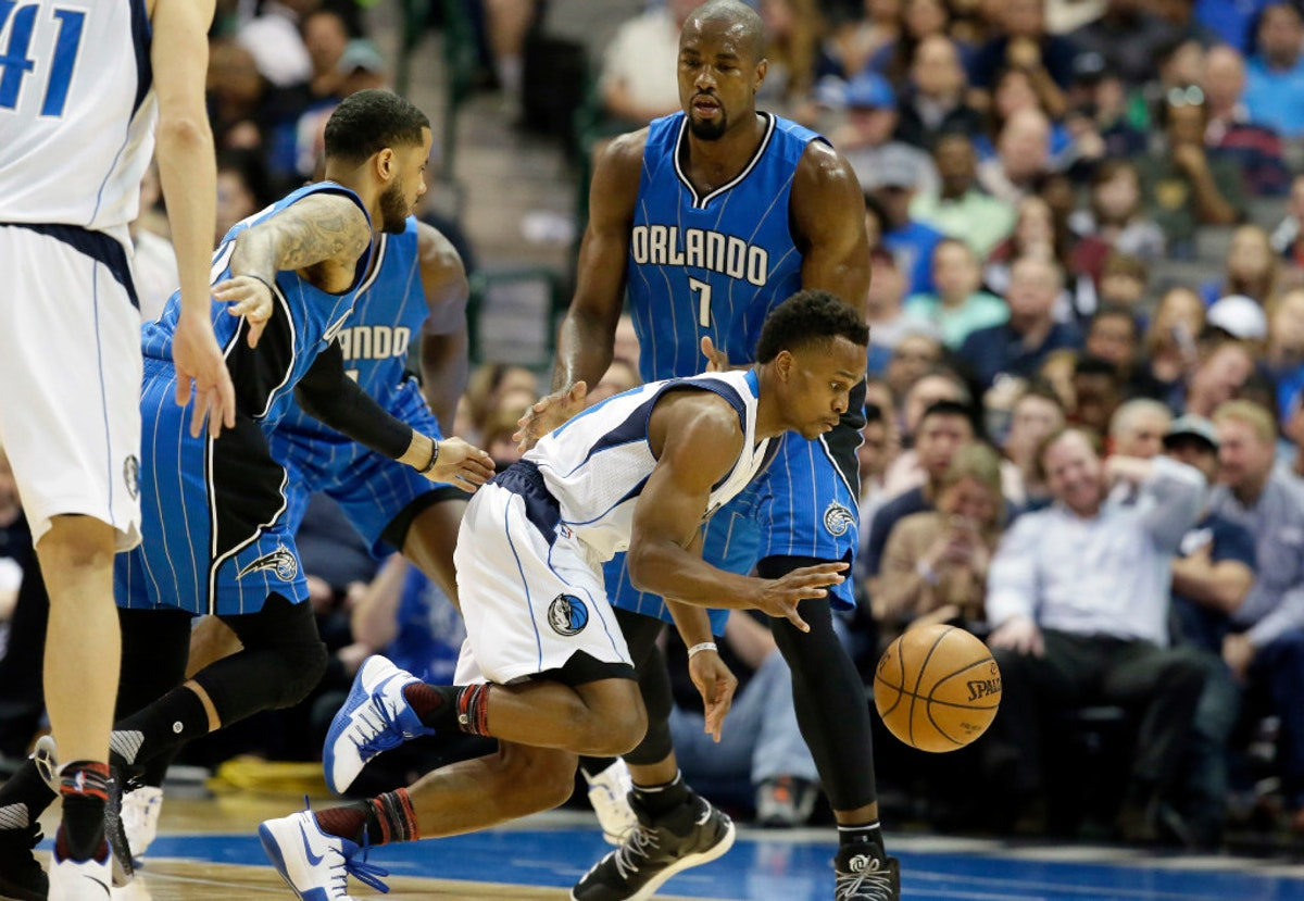 1487021081-magic-mavericks-basketball