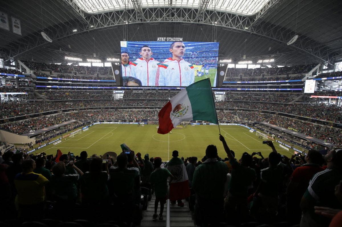 1487089350-wcup-mexico-ecuador-soccer