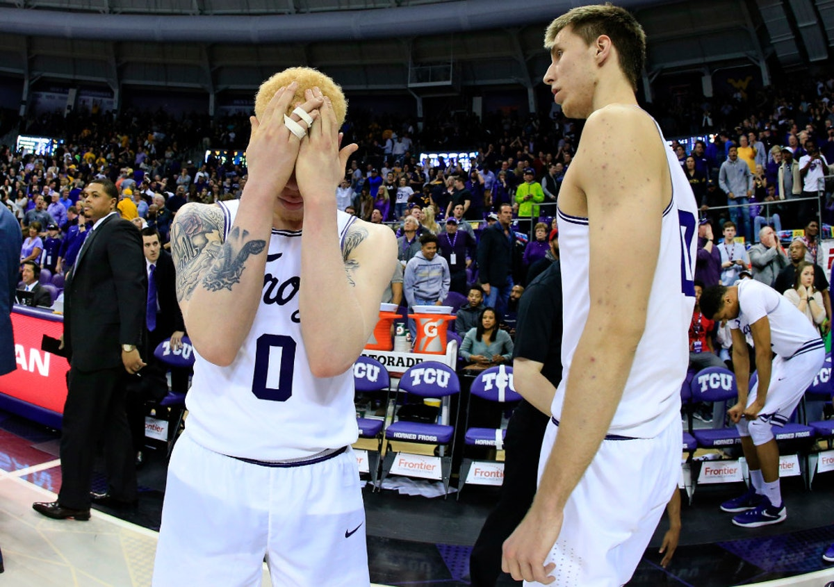 1488061698-west-virginia-tcu-basketball