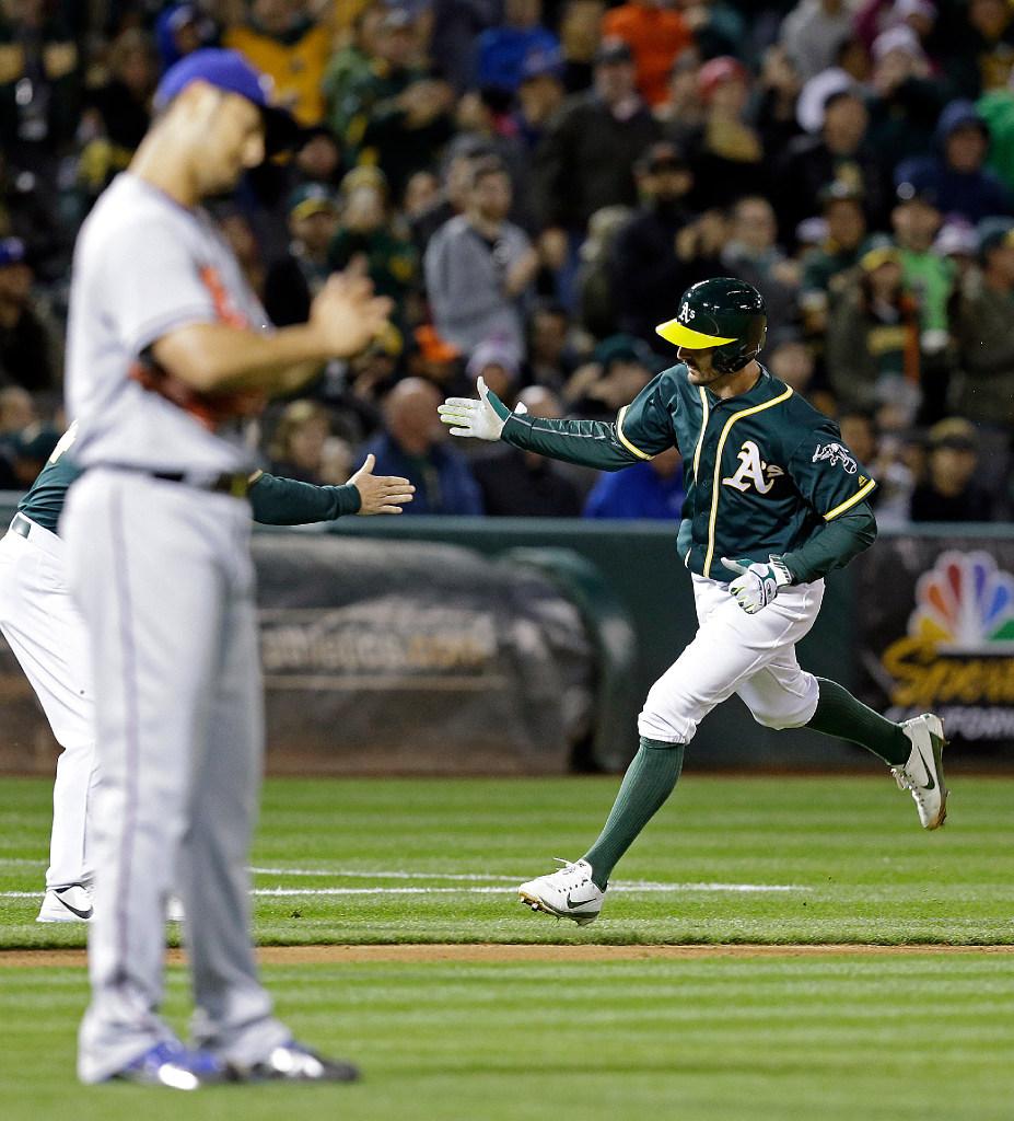 1492577689-rangers-athletics-baseball