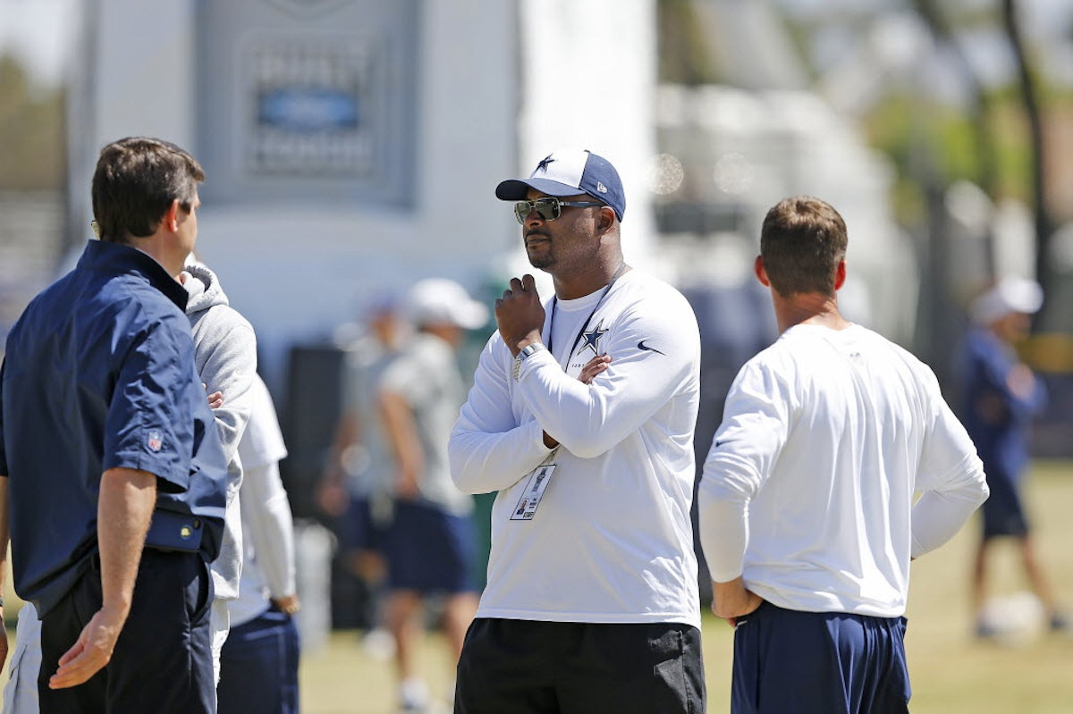 1493759547-cowboys-training-camp