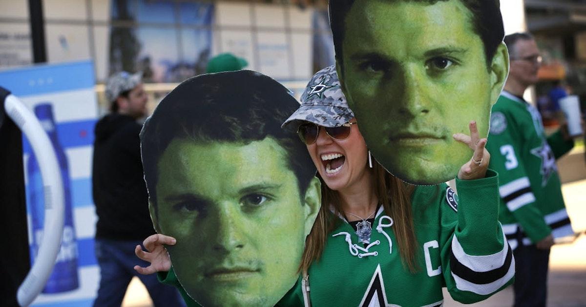 Dallas stars why dallas stars shouldn 39 t risk antoine for Interieur sport antoine roussel