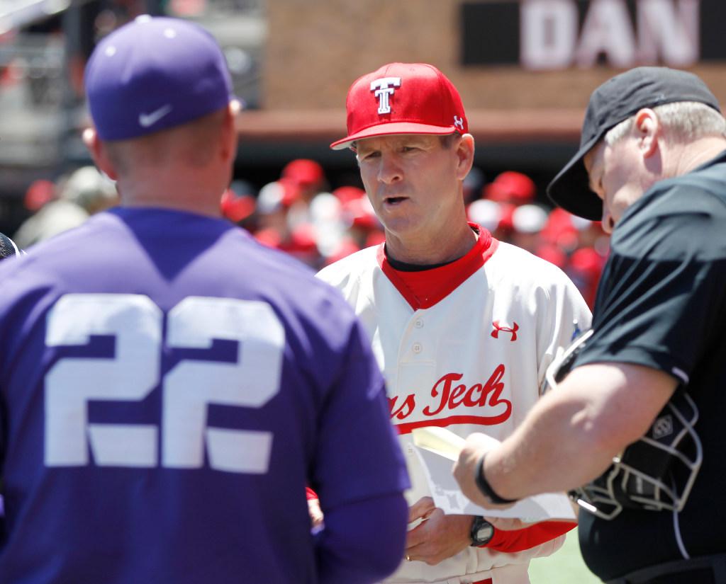 1495684131-tcu-texas-tech-baseball