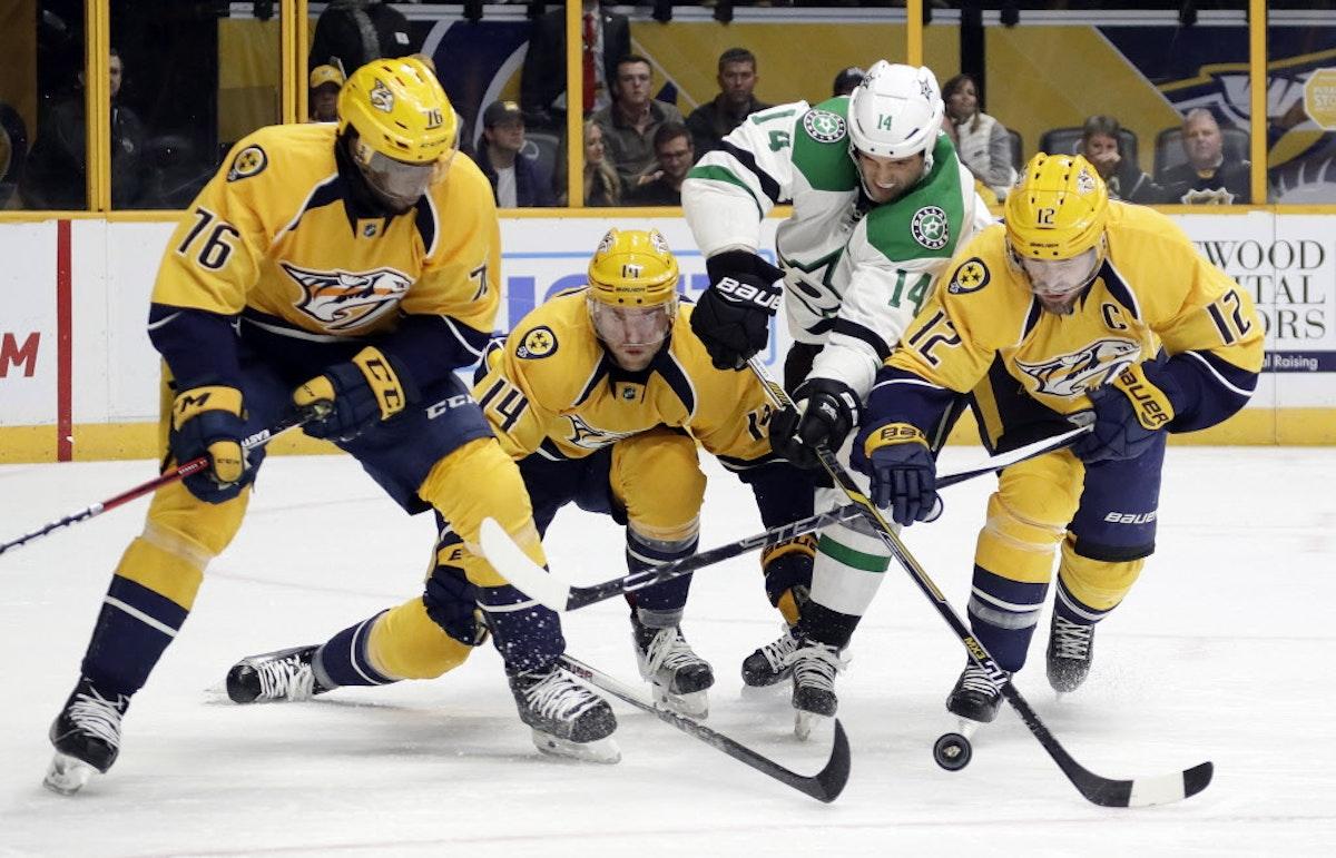 1496018658-stars_predators_hockey_54178267