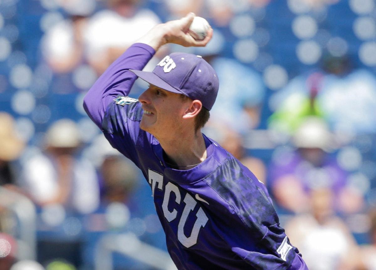 1498003269-cws-texas-am-tcu-baseball