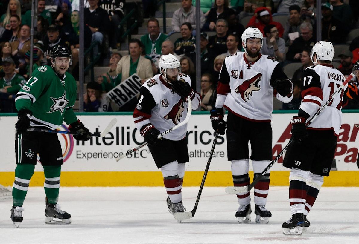 1498957078-coyotes-stars-hockey
