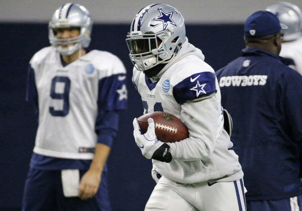 Tony Romo: I know that Cowboys RB Ezekiel Elliott is a 'good kid' who is 'just trying to find his way'