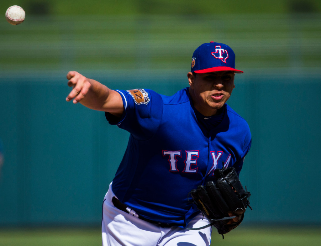 Saturday's pitching matchup: Rangers call up Frisco sinkerballer for MLB debut