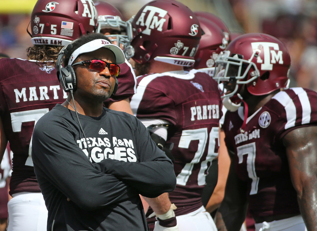 National reaction from Texas A&M win, player flipping off Aggie crowd