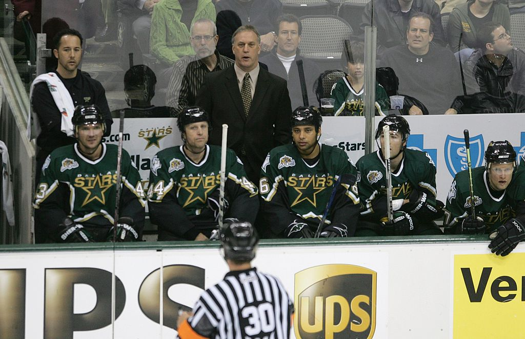 Stars assistant coach calls it a career