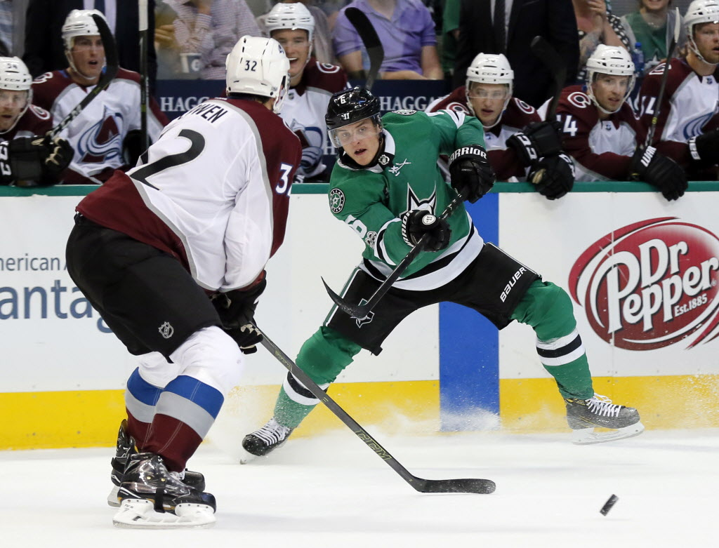 1506999065-avalanche_stars_hockey_58999677