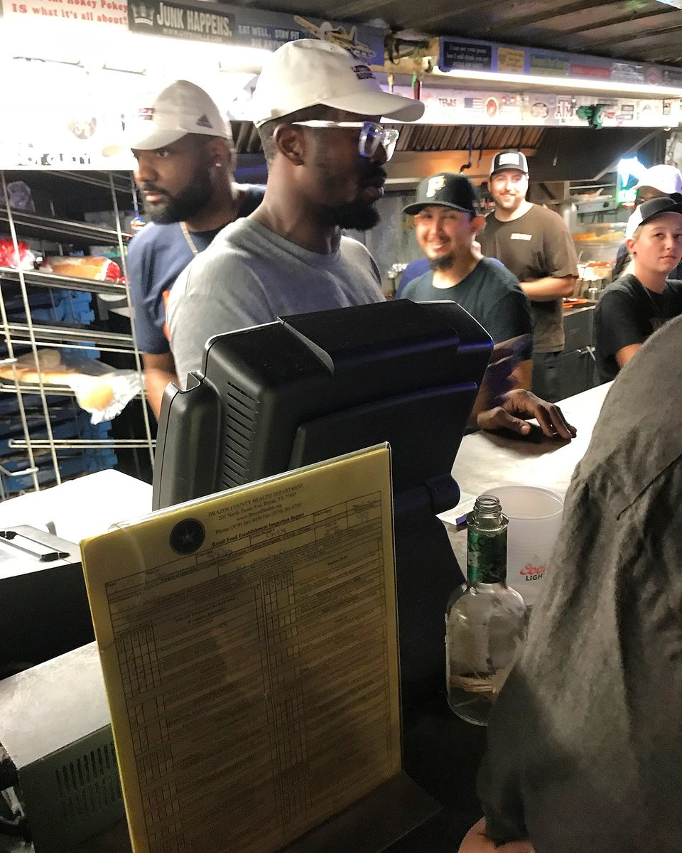 Von Miller works for Texas A&M's Dixie Chicken, hangs out with fans on Northgate Friday night