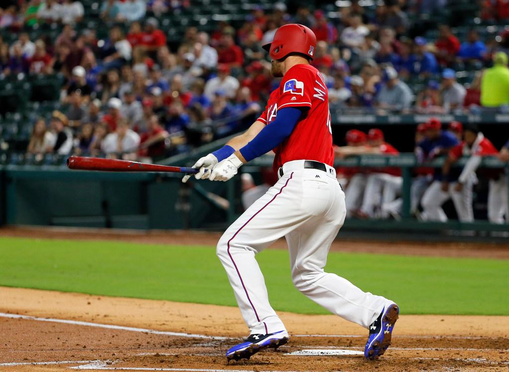 1507674151-athletics-rangers-baseball