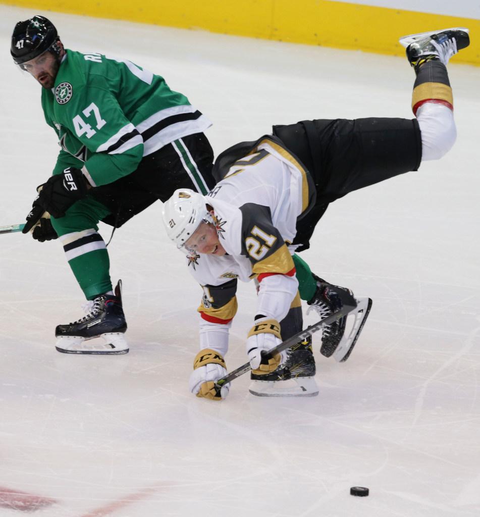1507841763-golden-knights-stars-hockey