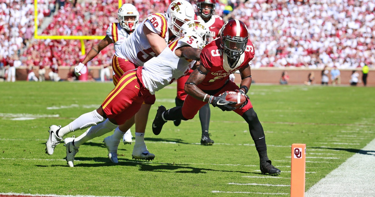 College Sports: Oklahoma receiver CeeDee Lamb dressed out ...