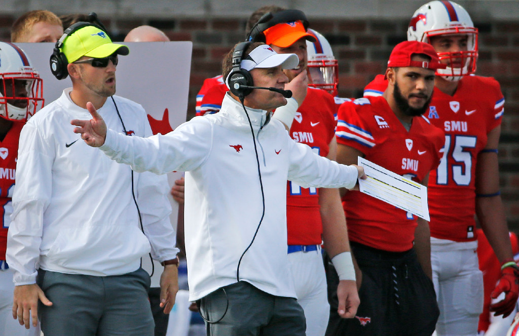 What is SMU head coach Chad Morris like on the sidelines during games?