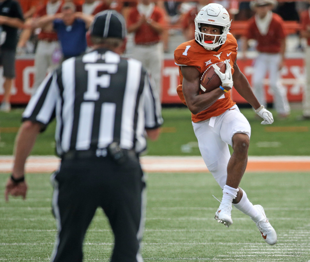 Watch: Longhorns tie Oklahoma State in seconds with forced fumble, 90-yard pass