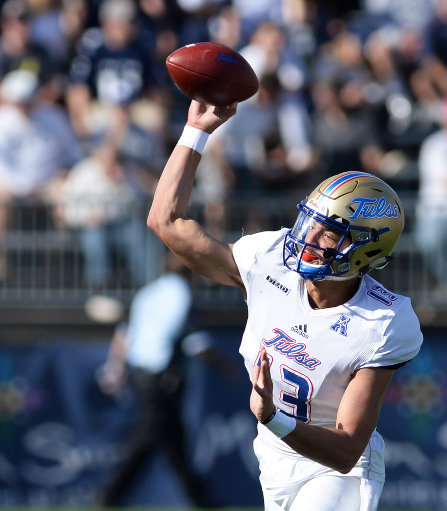 Tulsa beat writer on change at quarterback, area Golden Hurricanes need to focus on against SMU