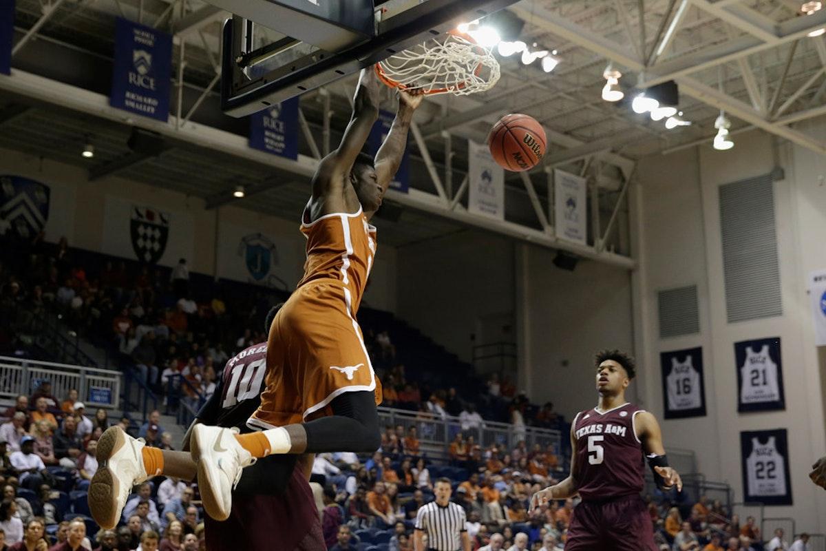 1509388382-texas-texas-a-m-basketball