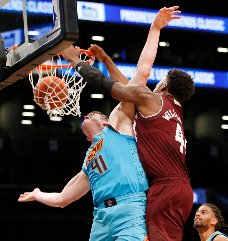 1513178732-texas-a-m-oklahoma-state-basketball
