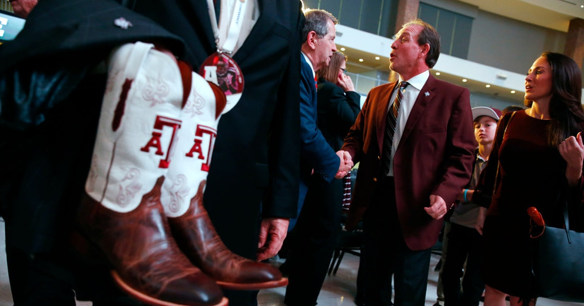 Football facility or five-star resort? Behind the drawing power of Texas A&M's recruiting amenities