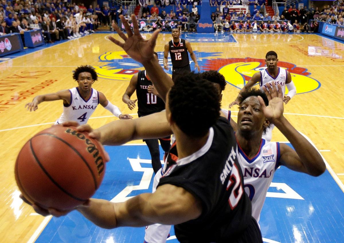 1515002936-texas-tech-kansas-basketball